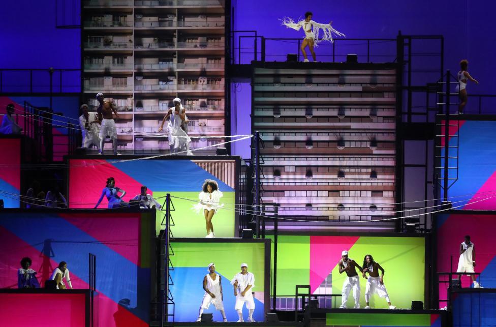 Performers. REUTERS/Kai Pfaffenbach