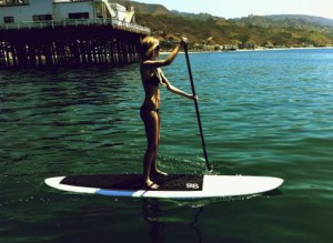 marisa-miller-workout-paddleboarding