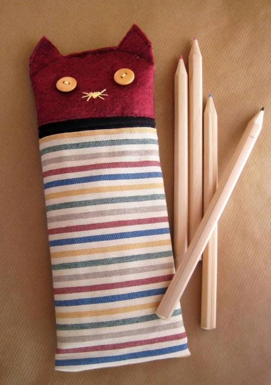Cómo coser un estuche para lapiceros