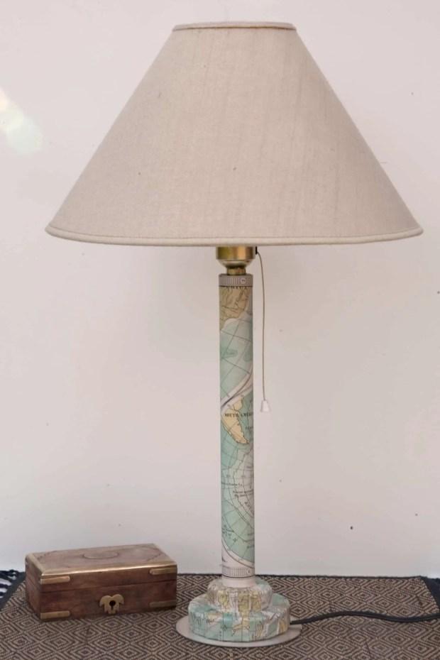 Cómo hacer un pié de lámpara con un tubo de cartón