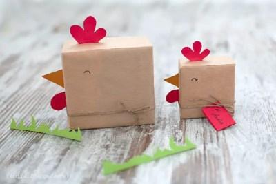 Envolver regalos infantiles gallinitas