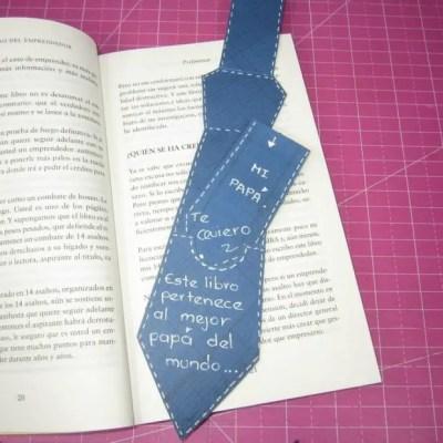 marcapáginas corbata