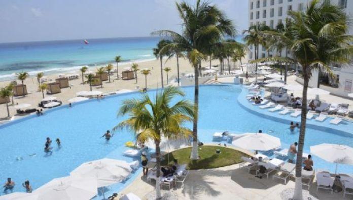 Estos son los hoteles que han cerrado en Cancún por falta de turistas |  PorEsto