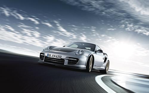Unveiled: 2011 Porsche 911 GT2 RS