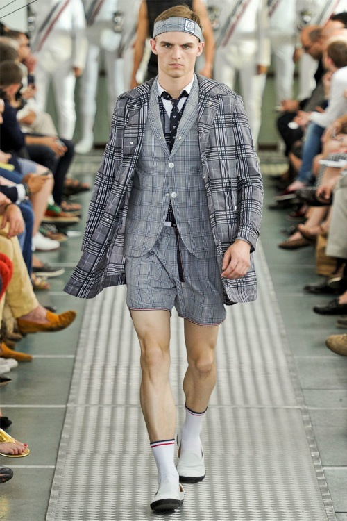 Milan Fashion Week | Moncler Gamme Bleu Spring/Summer 2012