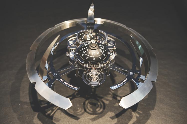 mb-f-starfleet-machine-table-clock-star-trek-ds9-1-750x500