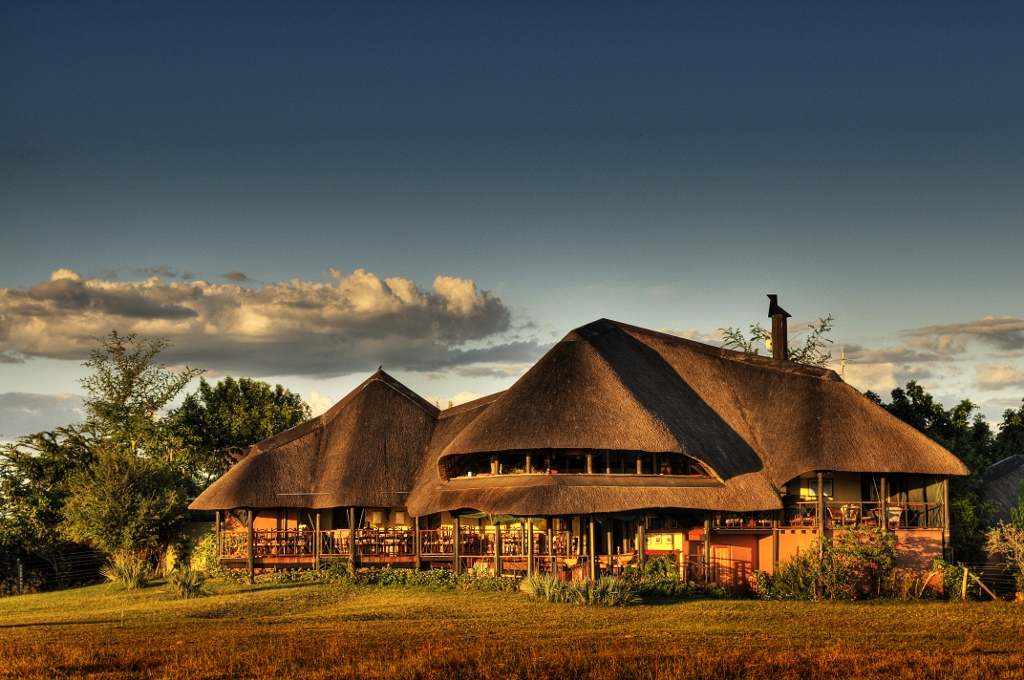Botswana Lodge And Mobile Safari