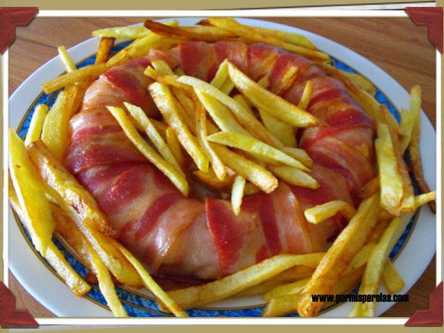 Rosca de bacon y pollo