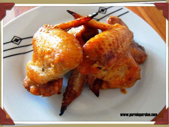 Alitas de pollo asadas con salsa Worcestershire