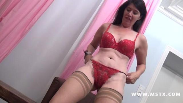 Angelina Fille Mature Casting
