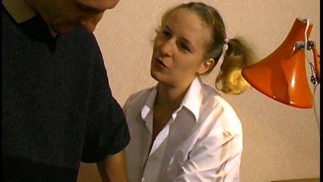 Blondinette dépravée video porno francais