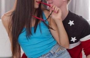 fotos Teens teniendo su primera vez juntos