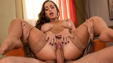 Testing Her Concentration 3 – Abigail Mac