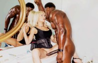 Reorientada-Riley-Steele-BlackedRaw