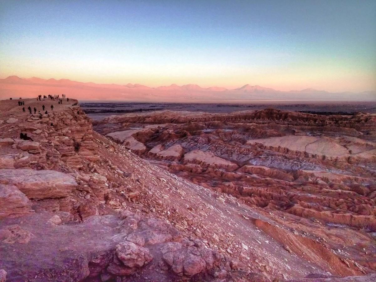 Fotografía del Valle de la Luna al atardecer, San Pedro de Atacama