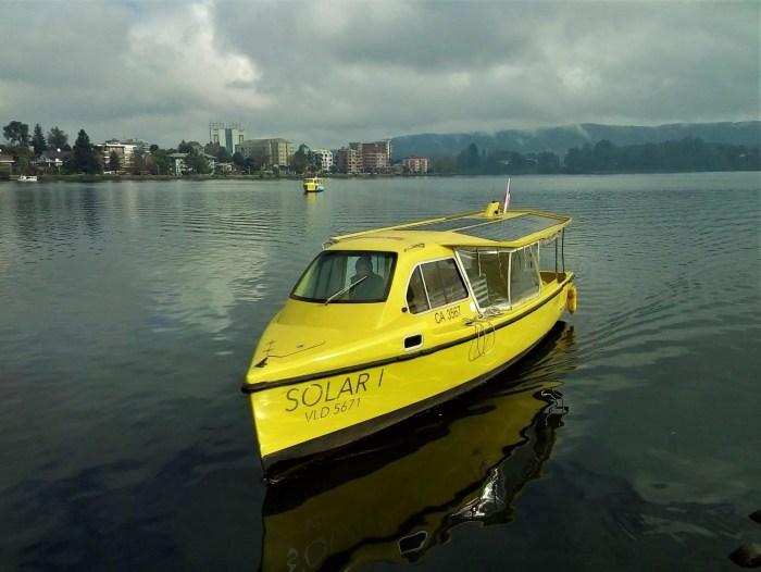 Fotografía de un Taxi fluvial en Valdivia.