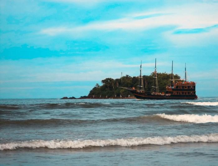 Paseo en Barco Pirata en Balneário Camboriú.