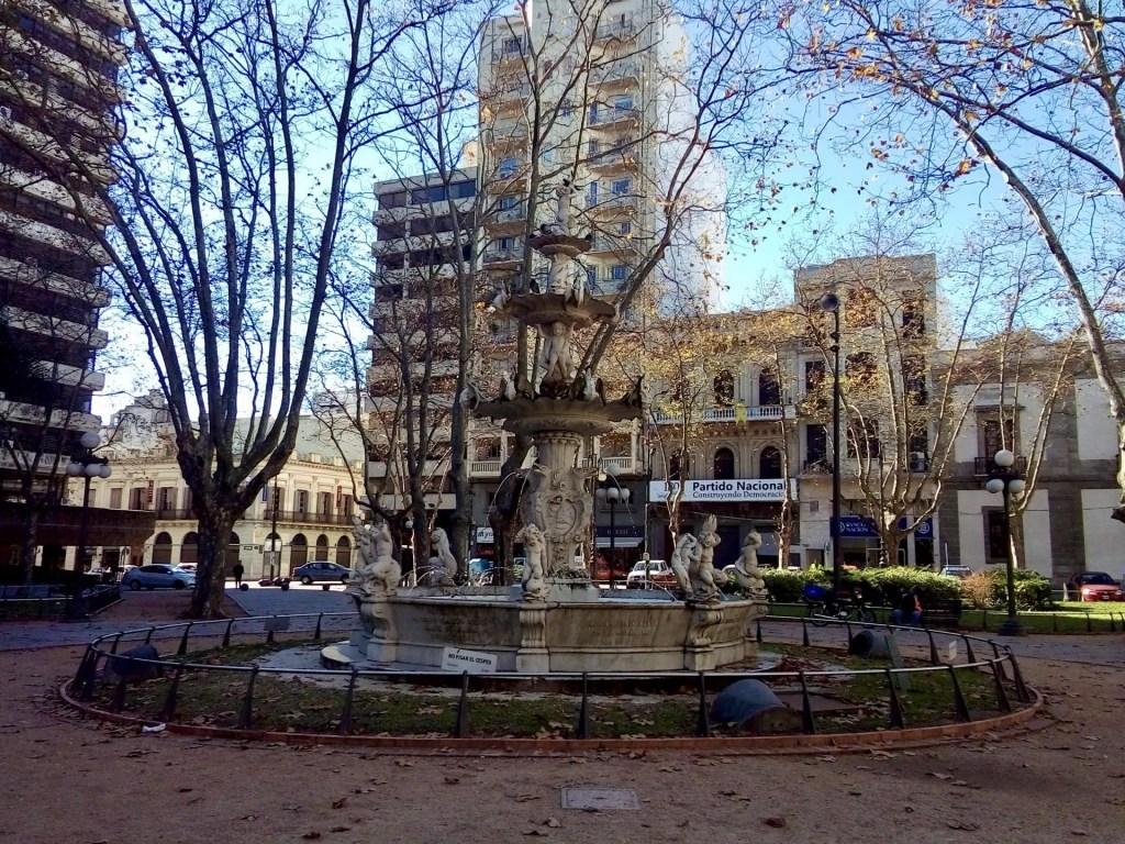 Plaza Constitución, Montevideo.