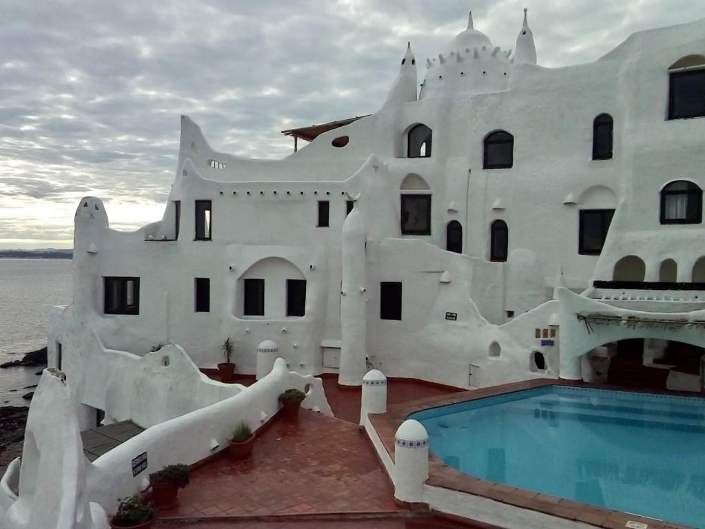 Casapueblo desde Punta del Este: cómo llegar y qué ver