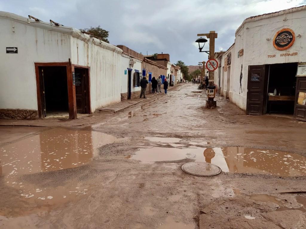 Lluvia en San Pedro de Atacama.