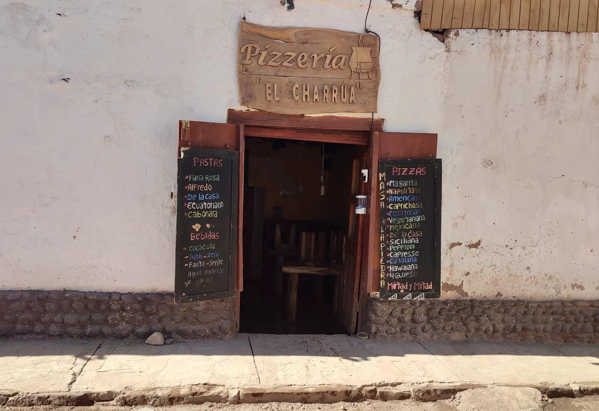 Pizzería El Charrúa en San Pedro de Atacama.