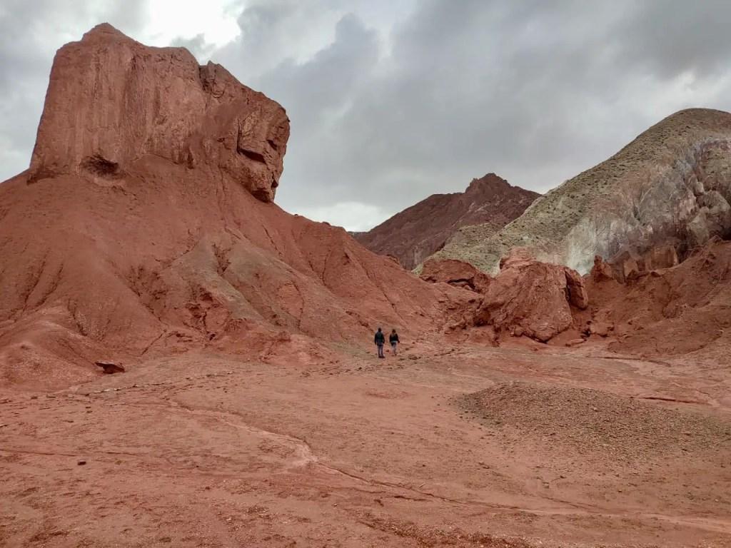 Cómo es el tour al Valle del Arcoíris desde San Pedro de Atacama
