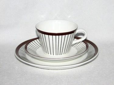 LI, Spisa Ribb, kaffekopp med fat och assiett