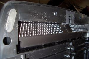 Logitech G25 - Griffes pour moquette