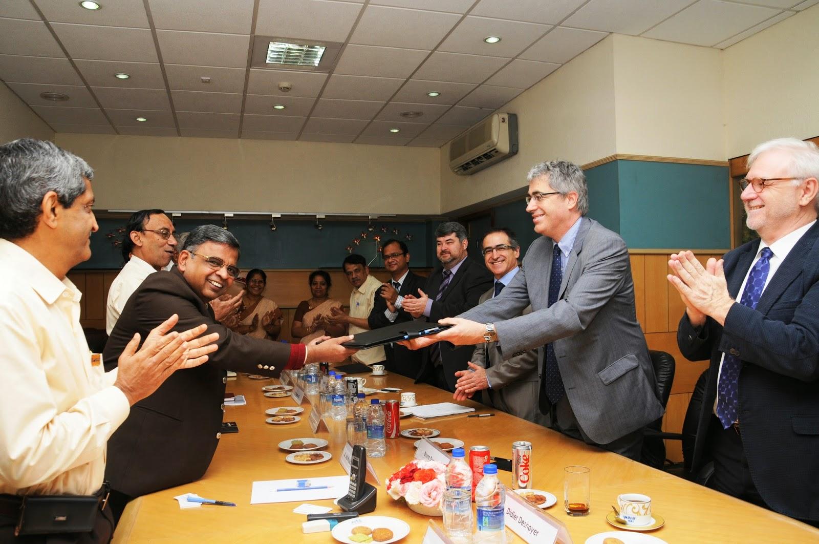 Avancée majeure en Inde pour le Rafale : SNECMA et HAL s'accordent pour créer une joint-venture pour produire des pièces du moteur M-88