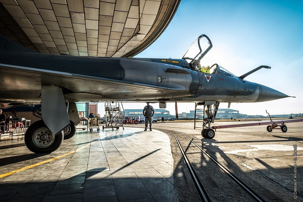 Livraison à l'Inde des deux premiers Mirage 2000 modernisés.