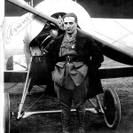 Slt Jean Navare. Pilote de l'escadrille N 67 du 24 février au 17 juin 1916 - Chevalier de la Légion d'Honneur, le 2 août 1915 - Médaille Militaire, le 6 avril 1915 - Croix de Guerre - Photo collection Philippe Guillermin.