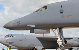 Un B-52H et un B-1B seront dans le ciel anglais cet été
