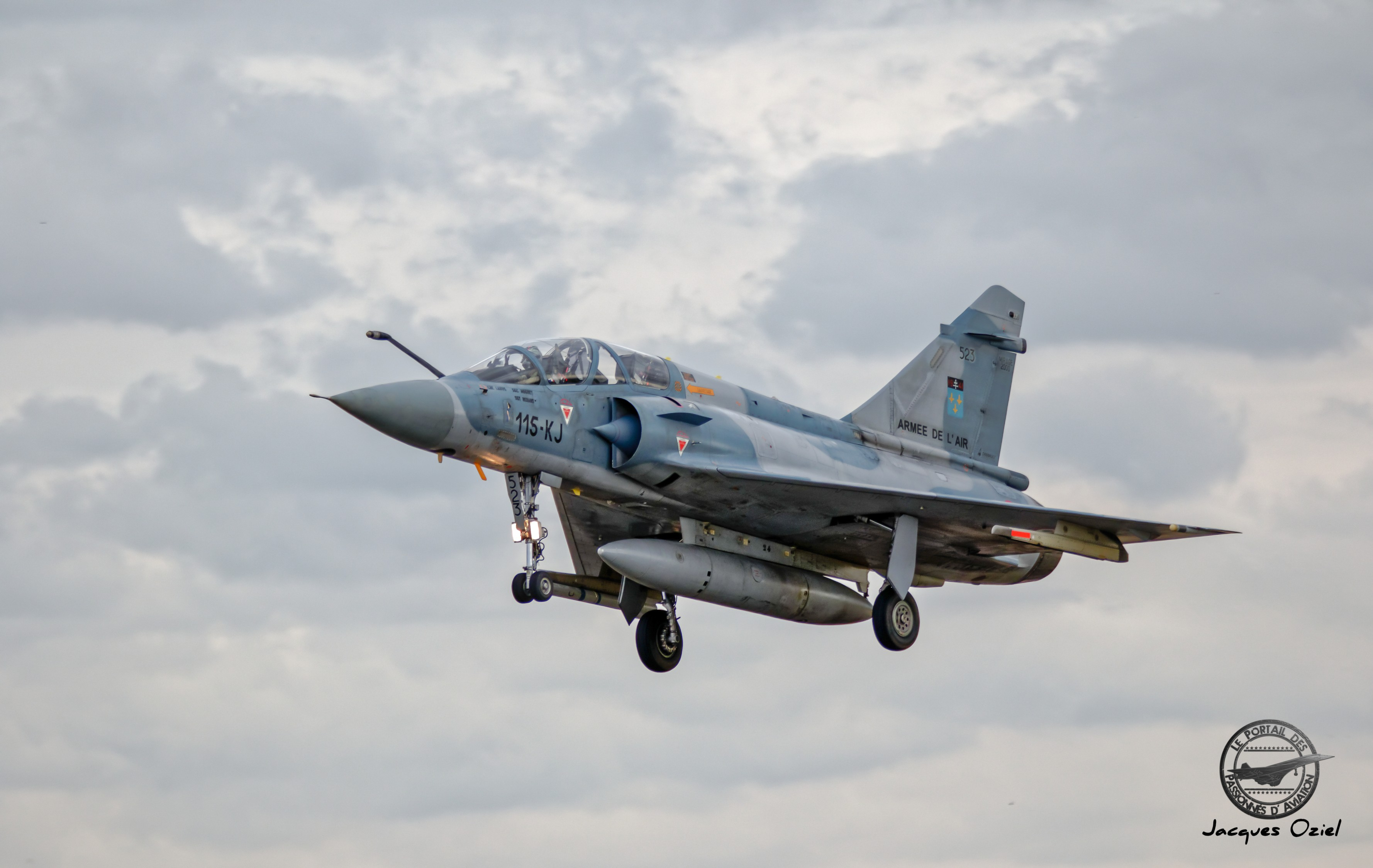 Dassault-Breguet Mirage 2000 B - 523/115-KJ - France/EC 2/5 Ile de France