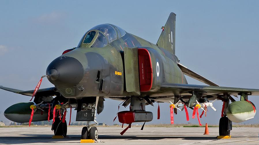 RF-4E ex Luftwaffe avec le pod ASTAC © Dino van Doorn