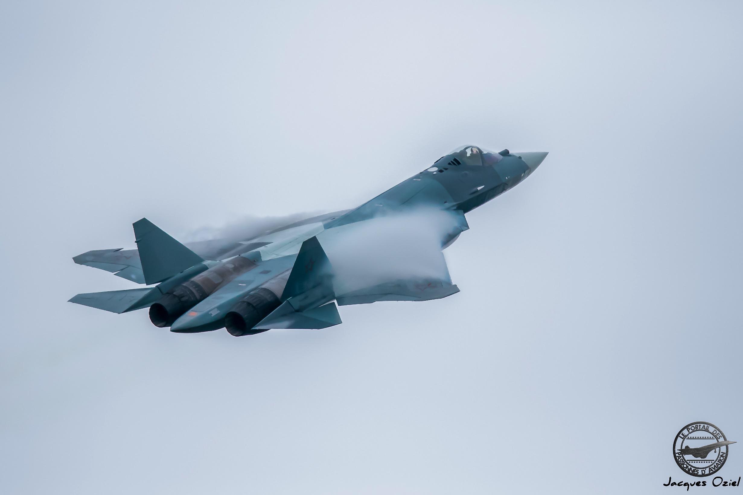 PAK-FA T-50, prototype du Sukhoi Su-57 chasseur russe de 5° génération