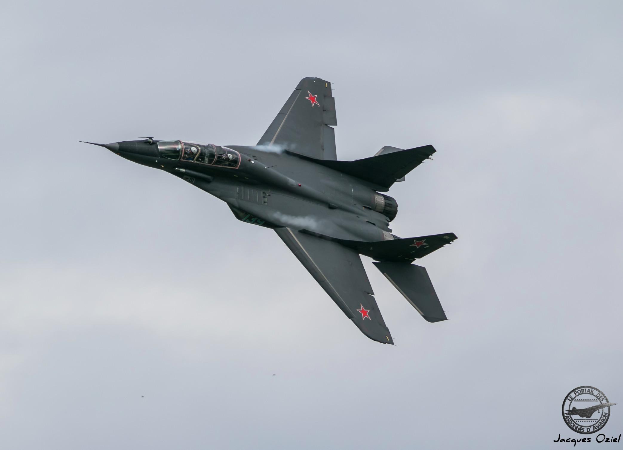 MiG-29UB, 139 Bleu