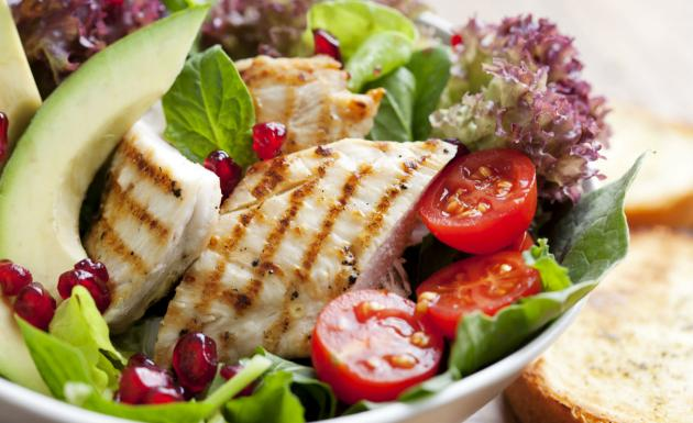 Dieta Japonesa: proteína e muita salada