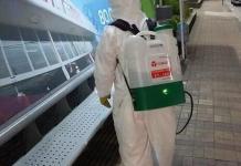 O trabalho de higienização e desinfecção dos locais públicos de Barueri é uma das medidas tomadas em ação de sanitização para combate à pandemia da Covid-19.