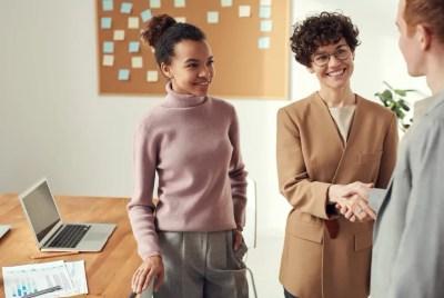 curso para aprendizes conhecerem o mercado de trabalho e serem contratados