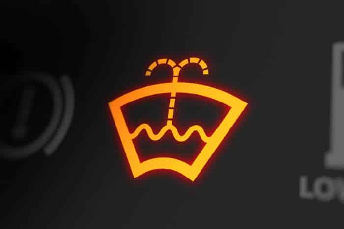 22-29 O que significam as luzes de aviso no painel do carro?