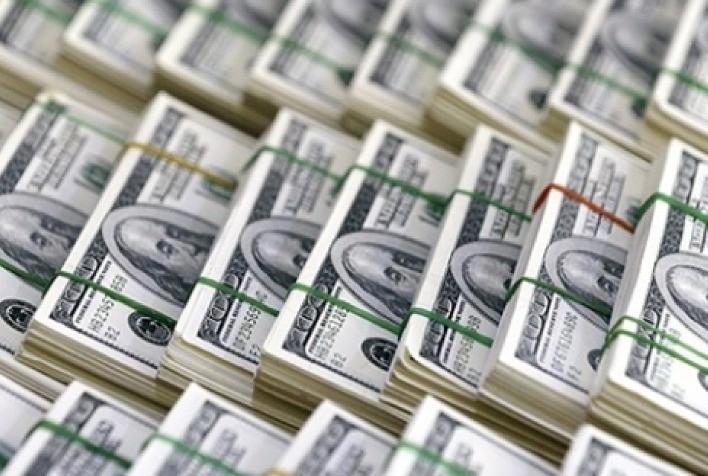 Entenda os motivos que influenciam o sobe e desce do dólar