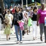 Cresce a presença de mulheres chefes de família entre os idosos no Brasil