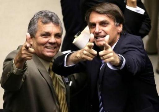 Resultado de imagem para Lideranças das bancadas evangélica e da bala assumem apoio a Bolsonaro