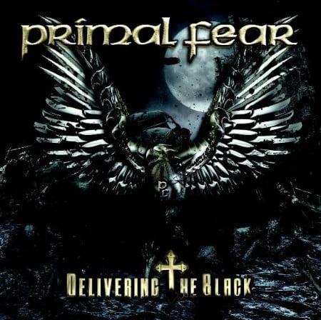"Capa de ""Delivering the Black"", o novo trabalho do Primal Fear"