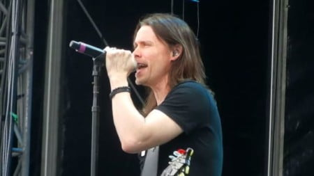 Myles Kennedy, vocalista do Alter Bridge