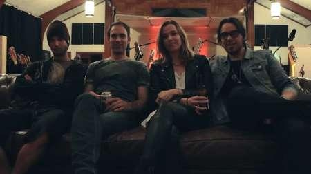 """Halestorm: veja o quarto episódio do 'making of"""" do novo álbum"""