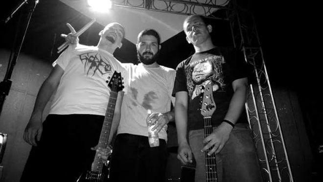 """After: banda libera pré-listening do seu novo EP """"Live, Suffer and Die"""""""