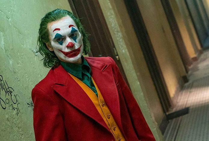 Joaquin Phoenix como Coringa Joker