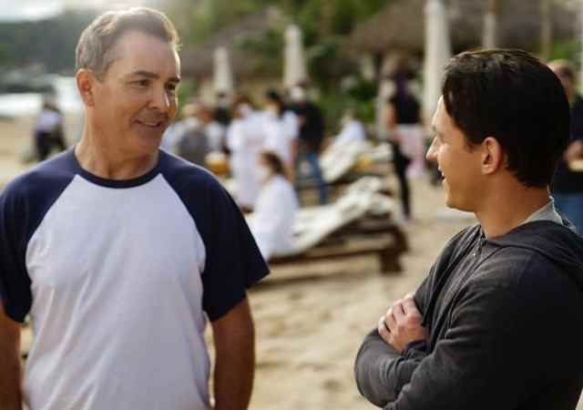 Nolan North, o dublador de Nathan Drake, personagem protagonista da franquia dos games de Uncharted, visitou o set do filme e revelou peças importantes.