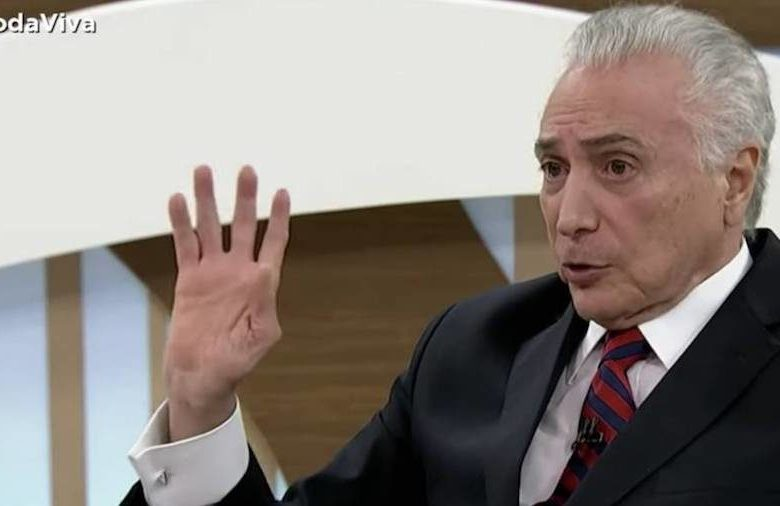 """Temer cometeu novo ato de sincericídio no Roda Viva"", diz Dilma Rousseff"